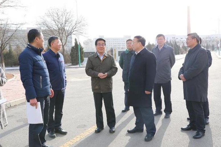 The Secretary of Gansu Provincial Party Committee Duo Lin inspected the Intelligent greenhouse of the Lanzhou University's Grassland Agriculture Science and Technology College